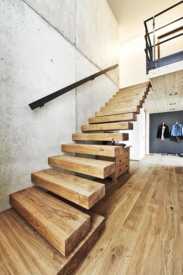 Freischwebende Treppe ammann treppen – kragarmtreppen